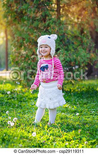 peu, parc, girl, heureux - csp29119311