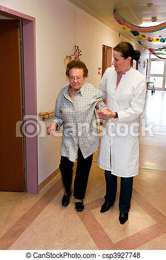 pfleger, женщина, старый, уход, забота - csp3927748