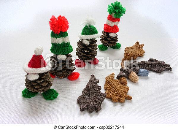 Piña, regalo, gnomo, pino, navidad, navidad. Decoración,... foto de ...