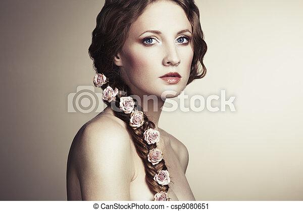 piękna kobieta, jej, włosy, portret, kwiaty - csp9080651