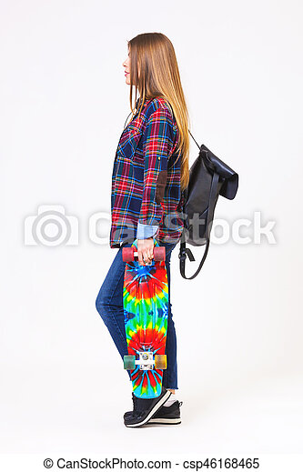 piękna kobieta, skateboard, młody, odizolowany, tło., biały - csp46168465