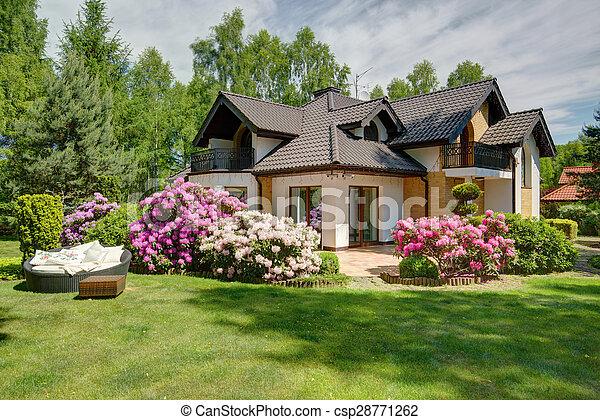 piękny, dom, ogród, wieś - csp28771262