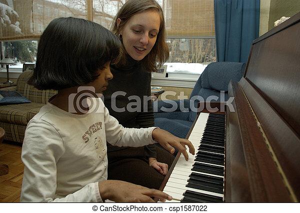piano lesson - csp1587022
