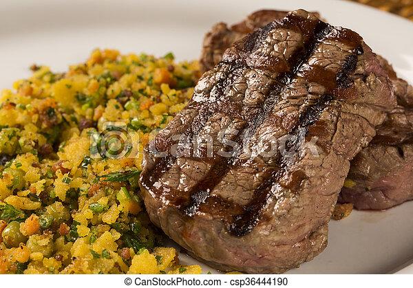 piastra, pancetta affumicata, filetto, mignon, briciole, cotto ferri - csp36444190