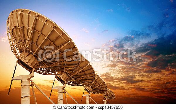 piatto, pietanza, satellite - csp13457650