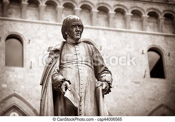 Piazza Salimbeni in Siena, Tuscany. - csp44006565