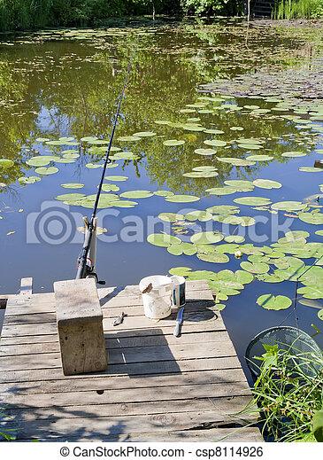 Piccolo rurale posto pesca stagno estate fish for Piccolo stagno
