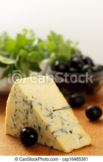 piece of blue cheese - csp16485361