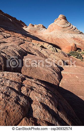 erosión de piedra caliza en el área del desierto de los coyotes - csp36932574