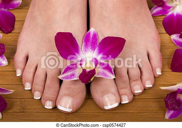 pieds - csp0574427