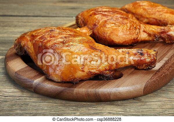 pierna, tres, madera, tabla, pollo asado parrilla, cuarto, barbacoa