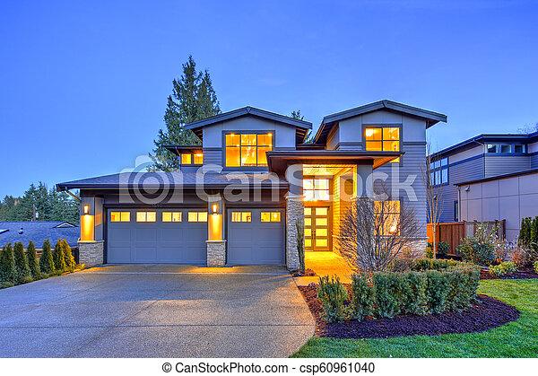 pierre, gris, maison, moderne, histoire, deux, luxe, extérieur, grand, colonnes - csp60961040