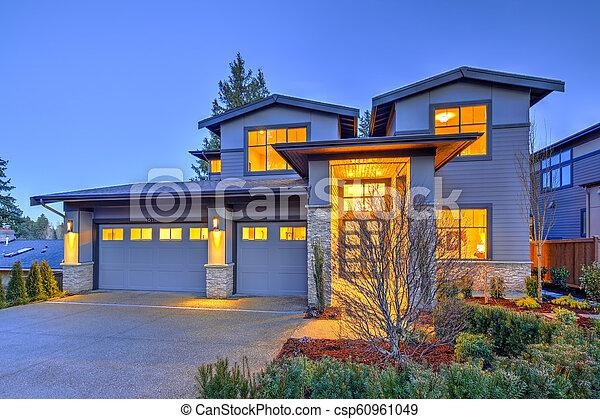 pierre, gris, maison, moderne, histoire, deux, luxe, extérieur, grand, colonnes - csp60961049