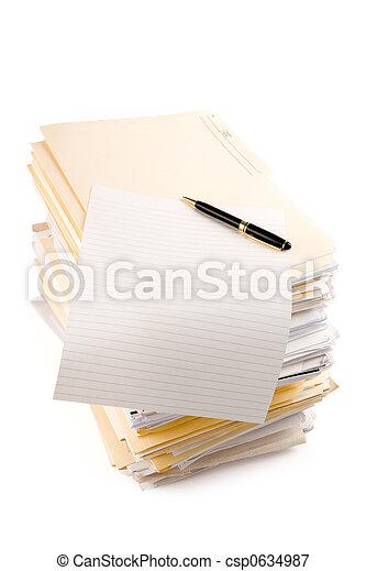 Un montón de archivos - csp0634987