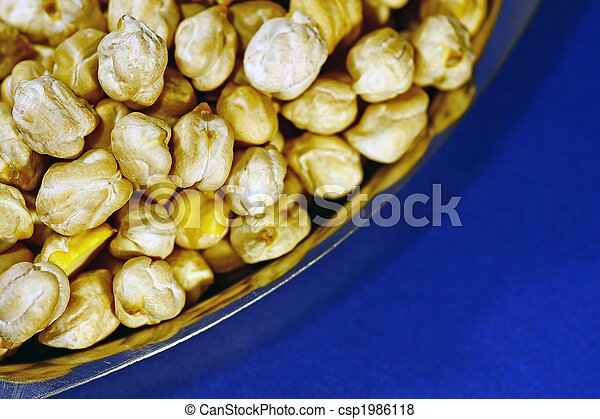 Pile of chickpeas - csp1986118