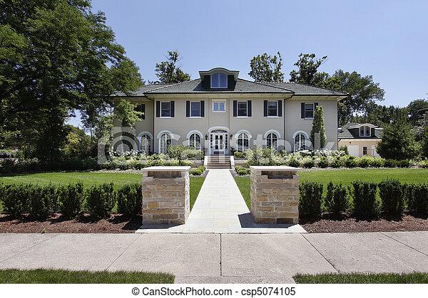 piliers maison pierre luxe grand pierre deux piliers luxe devant maison. Black Bedroom Furniture Sets. Home Design Ideas