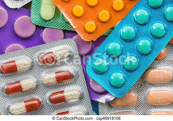 pills - csp48918106