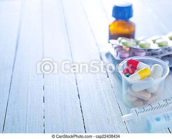 pills - csp22438434