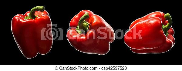 Pimienta roja dulce aislada en negro - csp42537520