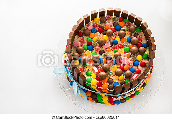 Awesome Pinata Cake Multicolored Candy Stuffed Birthday Cake With Sweets Personalised Birthday Cards Beptaeletsinfo