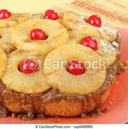 Pineapple Upside Down Cake - csp9469865
