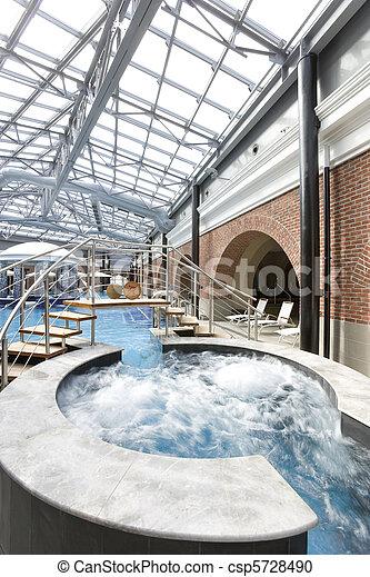 piscinas en un hotel de spa - csp5728490