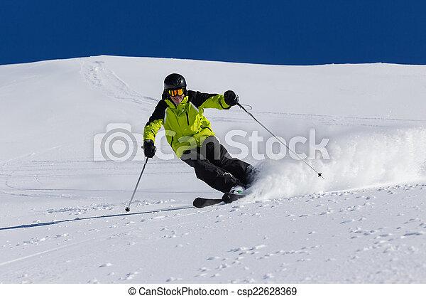piste, alpejka skier, spadek sport narciarski - csp22628369