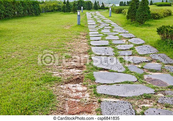 Piste pelouse parc pav pierre naturel piste parc for Pelouse tarif