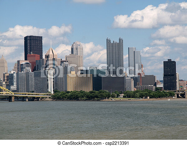 La vista del río Pittsburgh - csp2213391