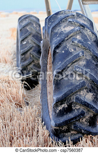 Pivot Tire - csp7560387