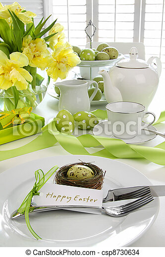 Place setting with card for easter brunch - csp8730634