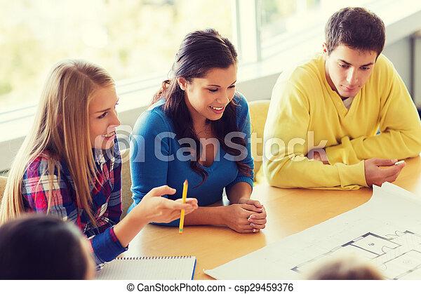plan, studenci, uśmiechanie się, grupa - csp29459376