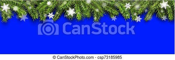 Historial de Navidad, pino con nieve - csp73185985