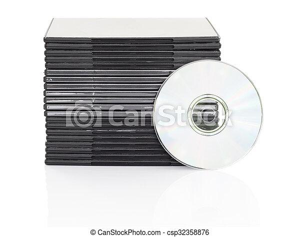 Una caja de DVD con disco en fondo blanco - csp32358876