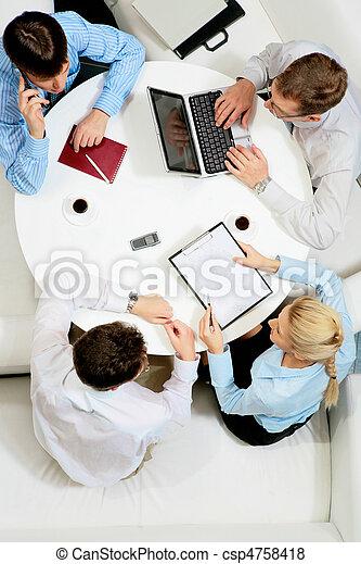 planowanie, praca - csp4758418