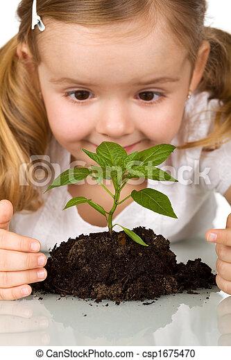 plant, weinig; niet zo(veel), jong meisje, verrichtend, vrolijke  - csp1675470