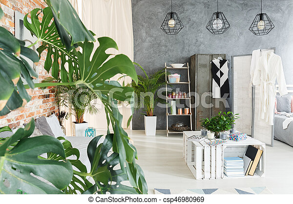 Planten In Woonkamer : Groene accessoires woonkamer grijstinten en planten in een zweeds