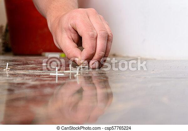 plastique, tuiles, croix, pose, plancher - csp57765224