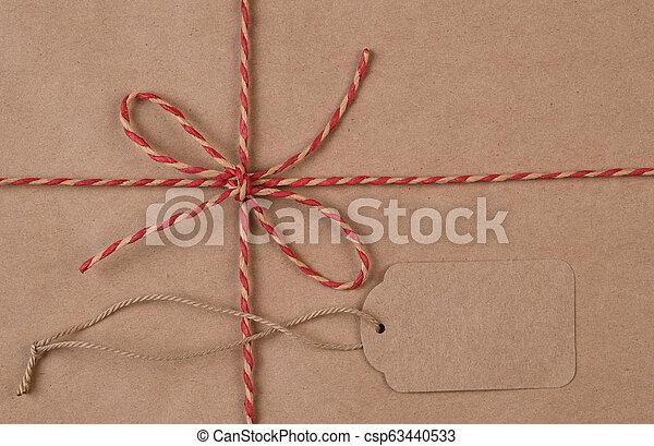 plat, ficelle, paquet, brun, espace, attaché, étiquette, poser, expédition, copie - csp63440533