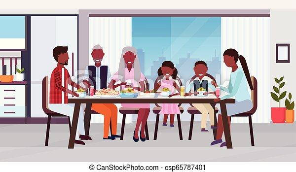 plat, multi, manger, autour de, famille, séance, génération, grands-parents, moderne, ensemble, repas, américain, parents, africaine, intérieur, table, horizontal, heureux, enfants, cuisine - csp65787401