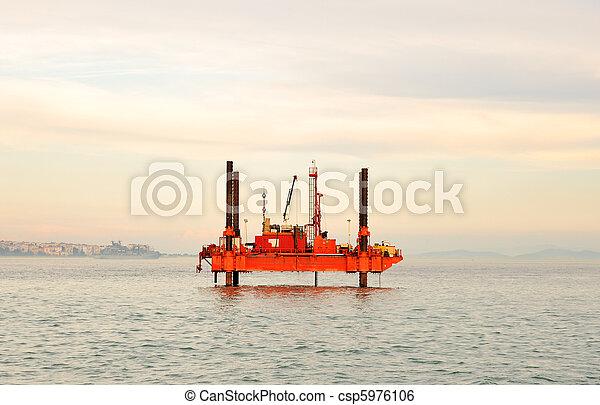 plataforma, aceite - csp5976106