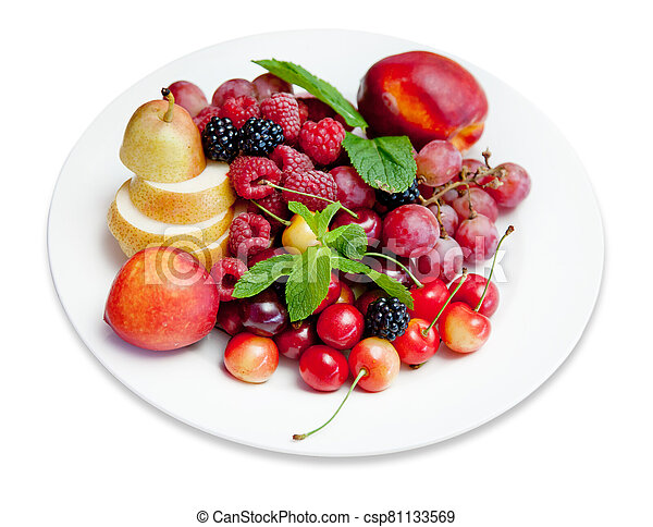 plate with fruits and berries - csp81133569