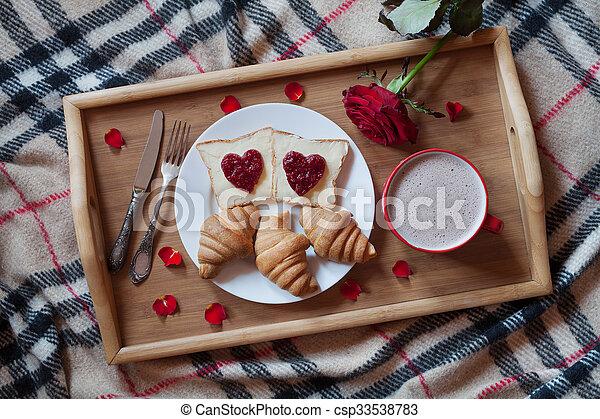 Plateau., romantique, lit, chocolat, chaud, surprise, confiture ...