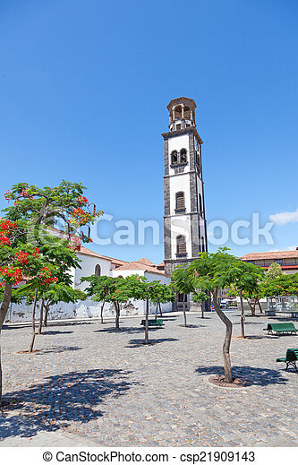 plaza de la iglesia in santa cruz - csp21909143