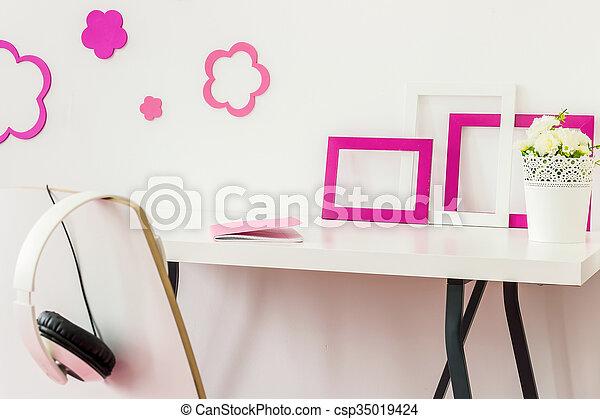 poço, organizado, escrivaninha - csp35019424