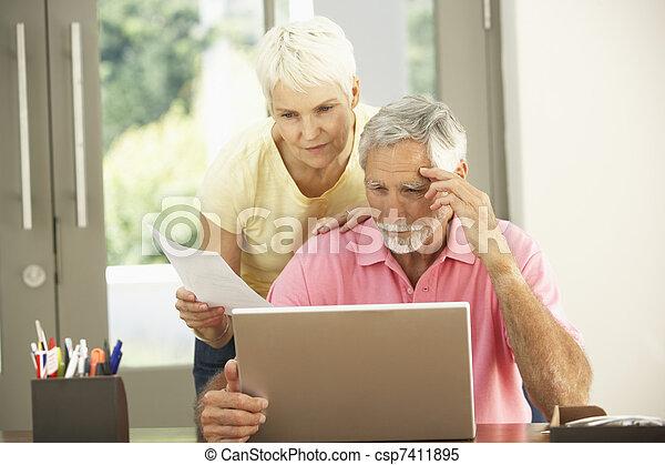 počítač na klín, ustaraný, pouití, domů, představený kuplovat - csp7411895