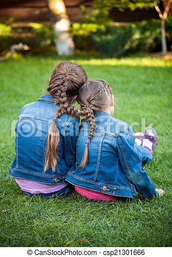 nuevo alemán sentado en la cara en Dos Hermanas