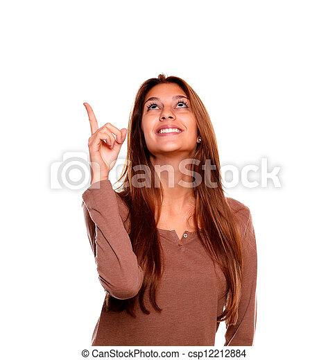 pointage femme, jeune, haut, regarder, sourire - csp12212884