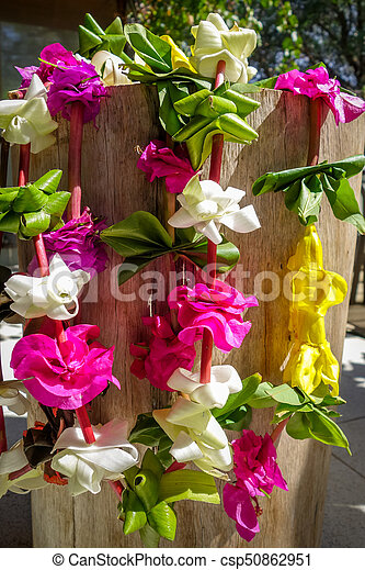 Polynesian flower necklace - csp50862951