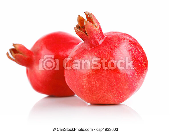 pomegranate fresh fruits with green leaves - csp4933003